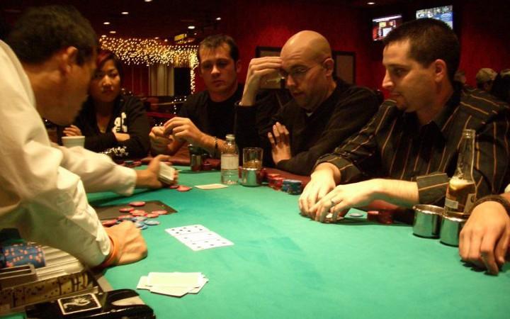Razz limit poker chaussure a roulette fille pas cher